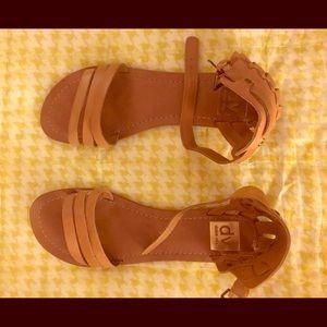 Basically brand new DV Dolce Vita tan Sandals